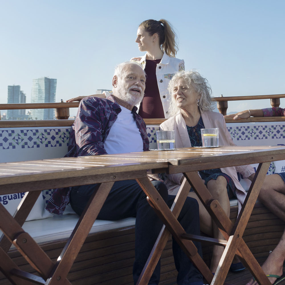 Look at Barcelona from the sea with Desigual | Barcelona Shopping City