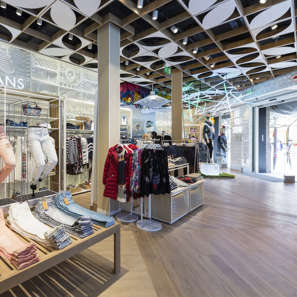 Desigual reopens its flagship store on Passeig de Gràcia | Barcelona Shopping City