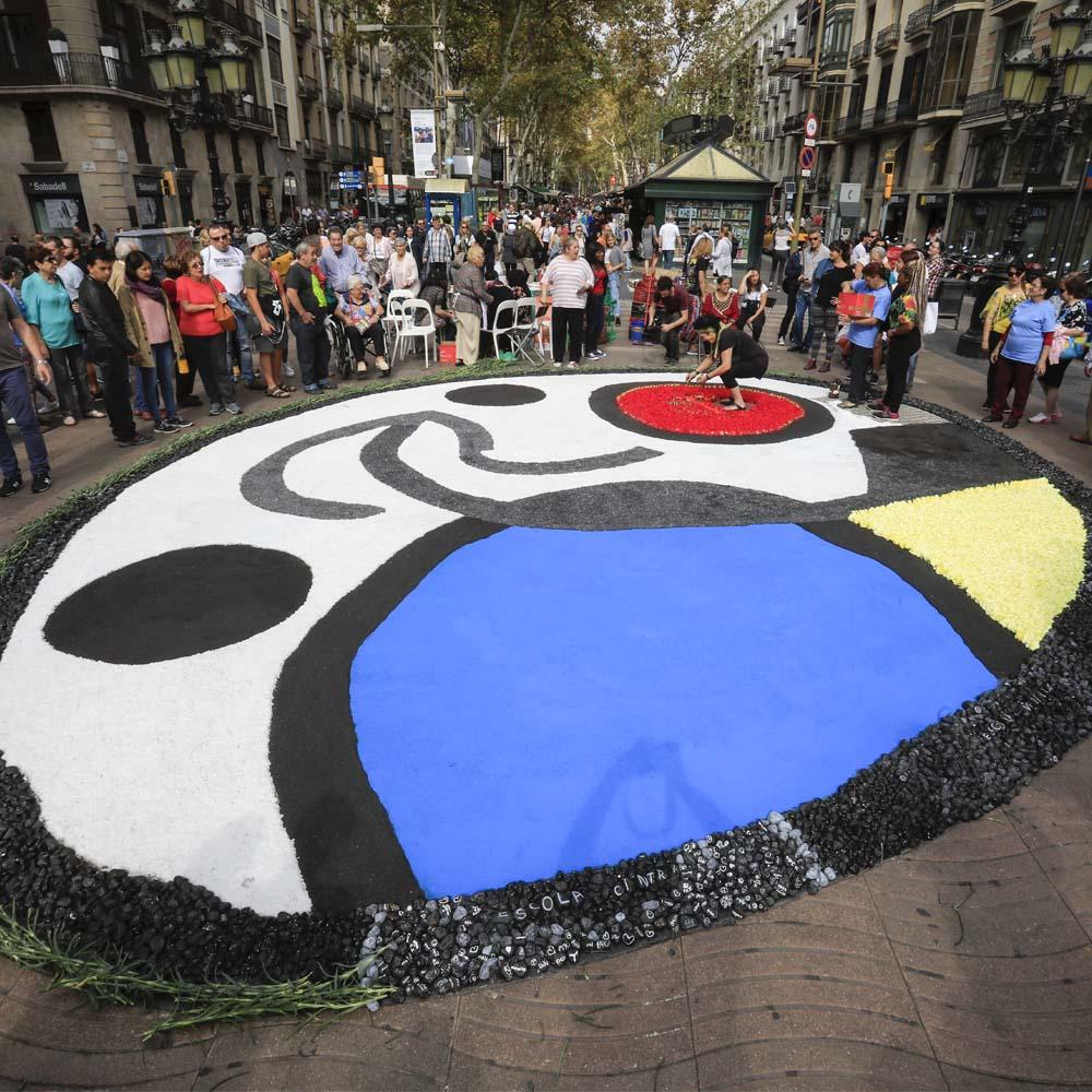 Fiestas del Roser en La Rambla de Barcelona | Barcelona Shopping City