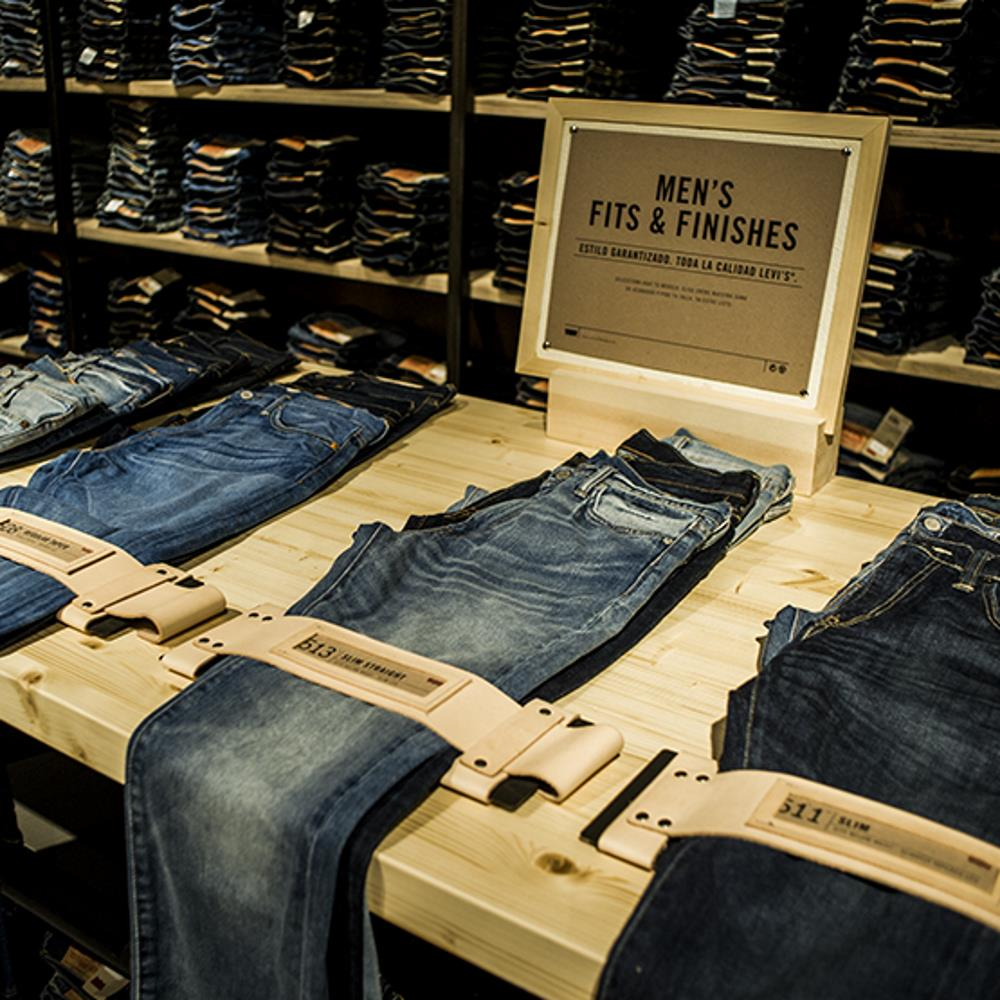 Levis Store | Barcelona Shopping Line | Moda
