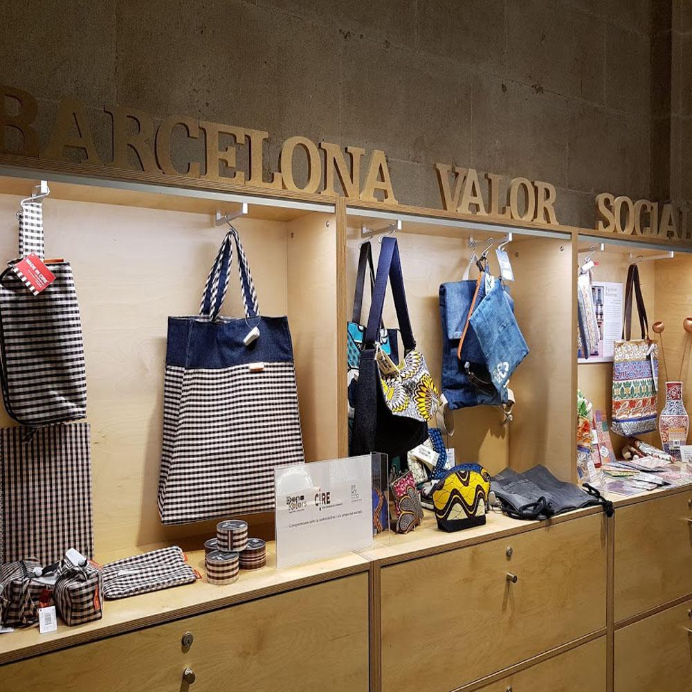 BCN Original   Barcelona Shopping Line   Artesanía y regalos