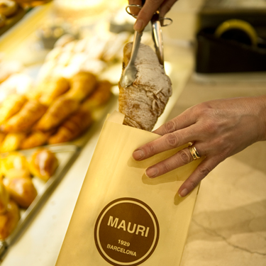 Pastisseries Mauri | Barcelona Shopping Line | Century-old shops
