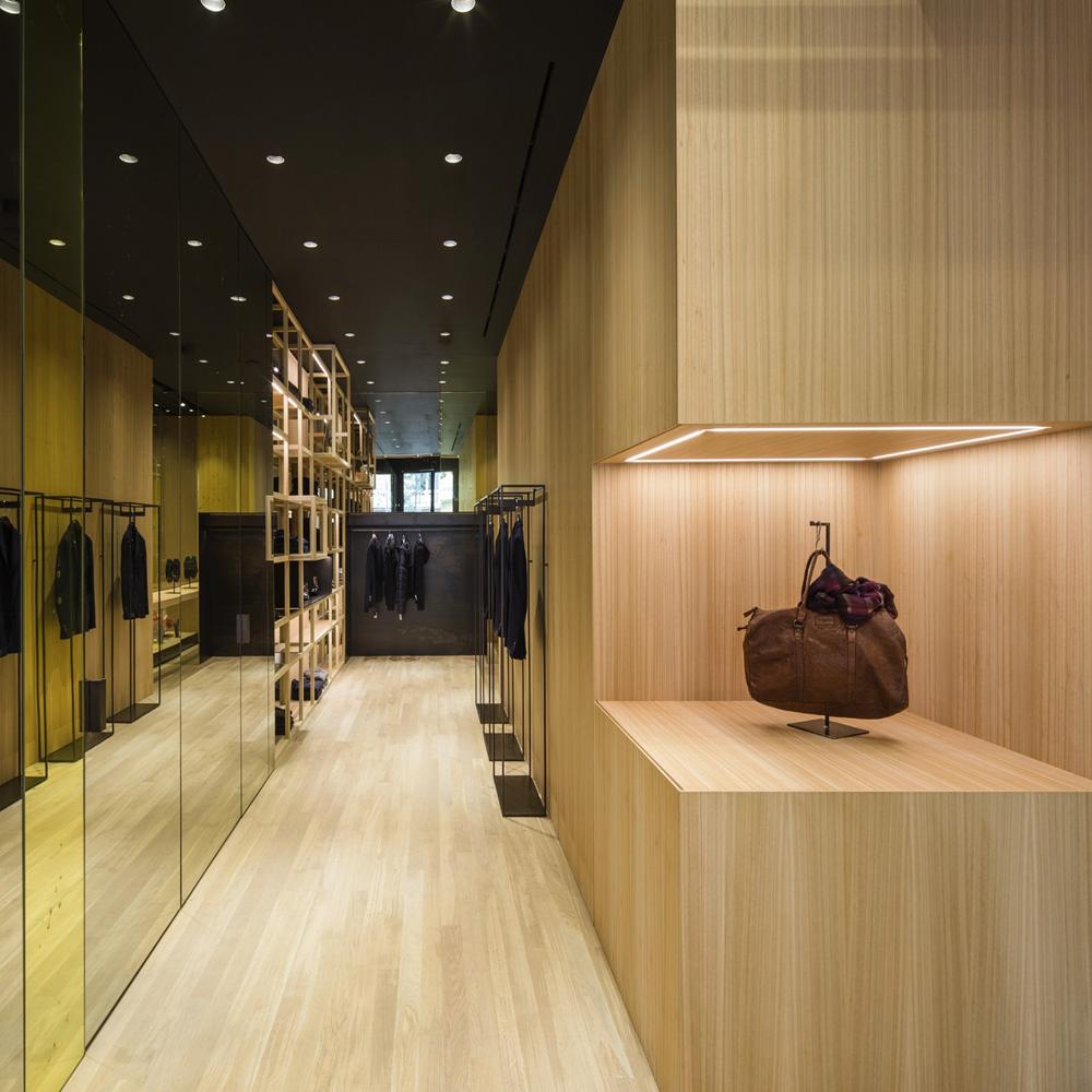 Nino Alvarez | Barcelona Shopping Line | Moda