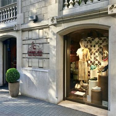 Cherry Heel | Barcelona Shopping Line | 独特奢华购物