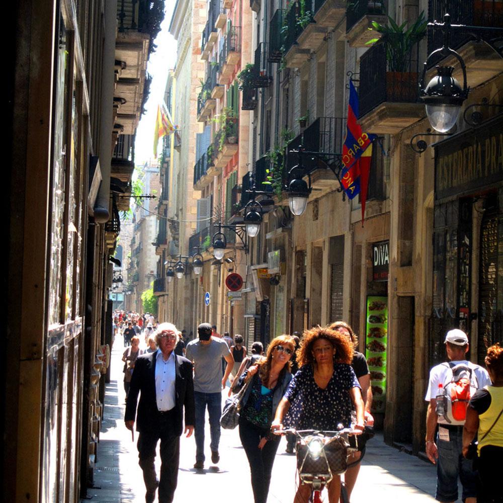 Eix Comercial del Raval | Barcelona Shopping Line | Barcelona Shopping City