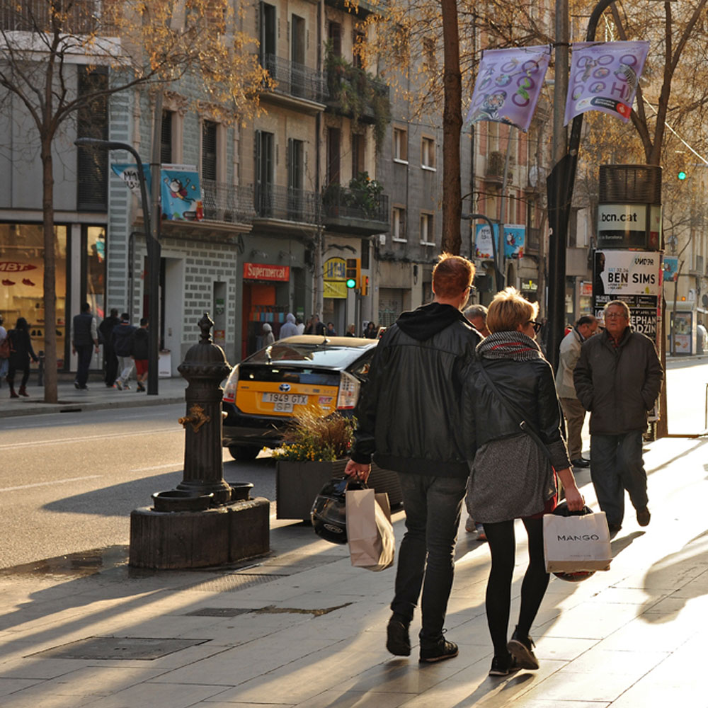 Creu Coberta | Barcelona Shopping Line | Barcelona Shopping City