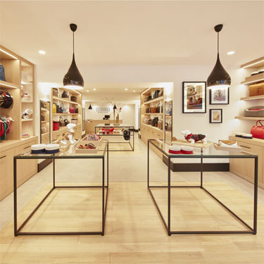 Cyriano | Barcelona Shopping City | Complementos