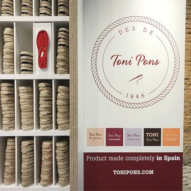 Toni Pons | Barcelona Shopping City | Artesanía y regalos