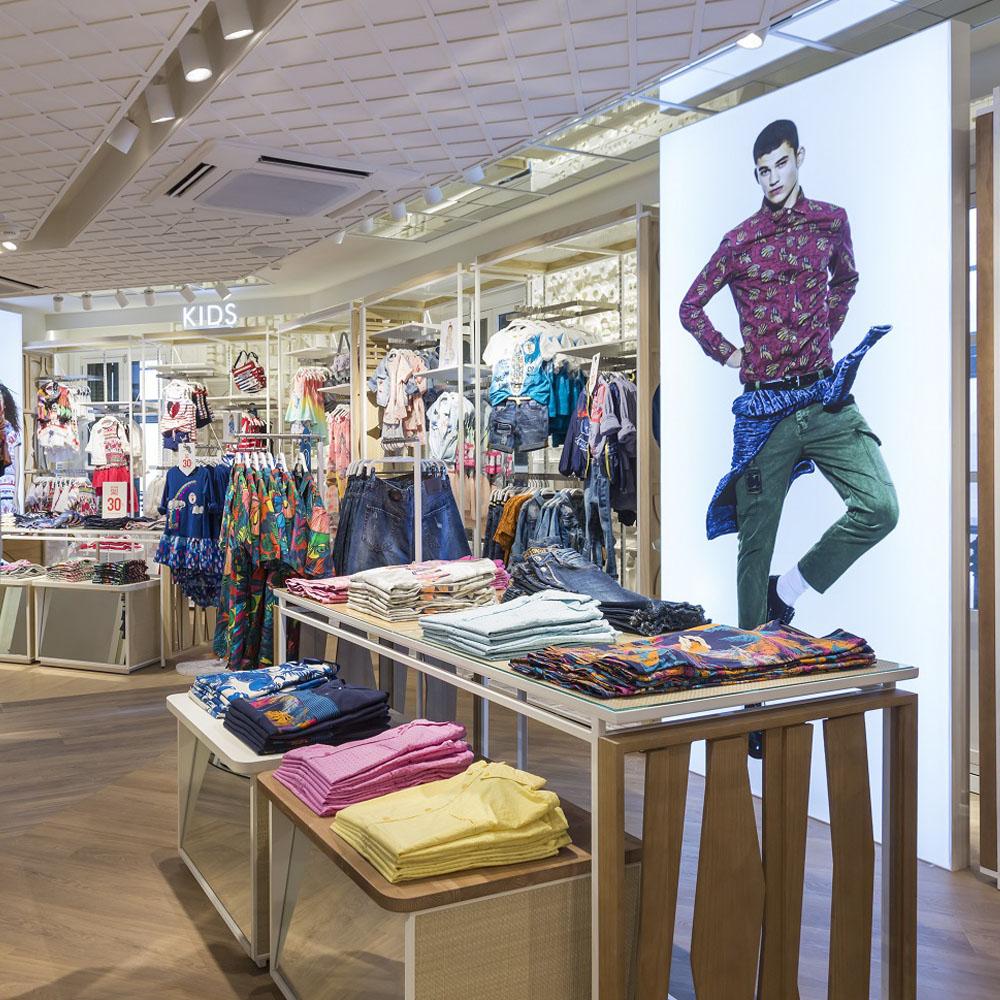 Desigual reobre la seva botiga al Passeig de Gracia | Barcelona Shopping City