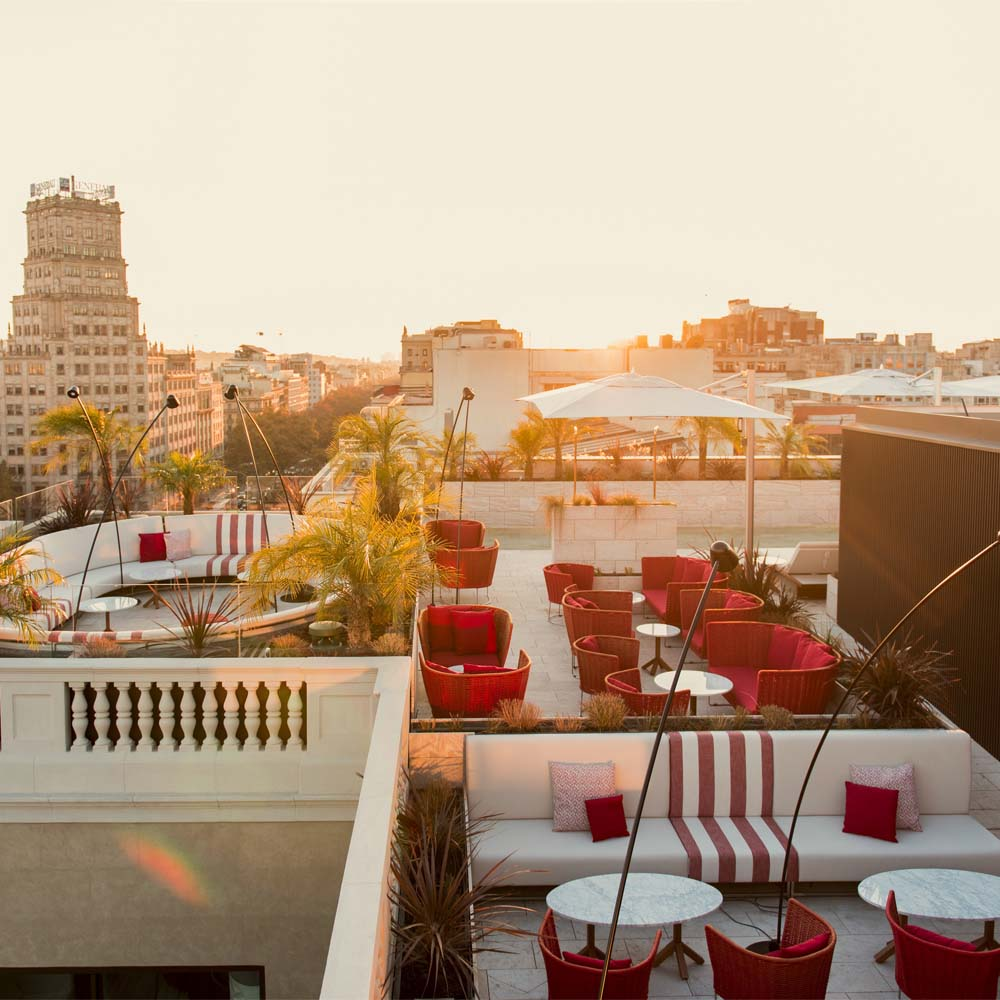 Hotel roof terraces on Passeig de Gràcia: an irresistible idea | Barcelona Shopping City