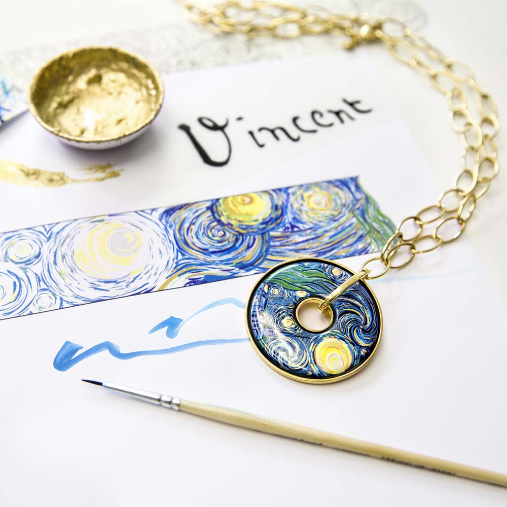 FREYWILLE: Discover its new collection Hommage à Vincent Van Gogh | Barcelona Shopping City