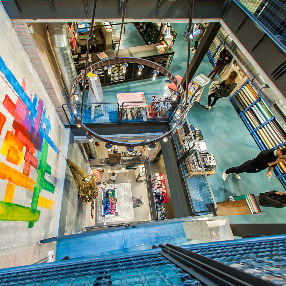 Raima | Barcelona Shopping City | Kunsthandwerk und Geschenke, Mode und Designer