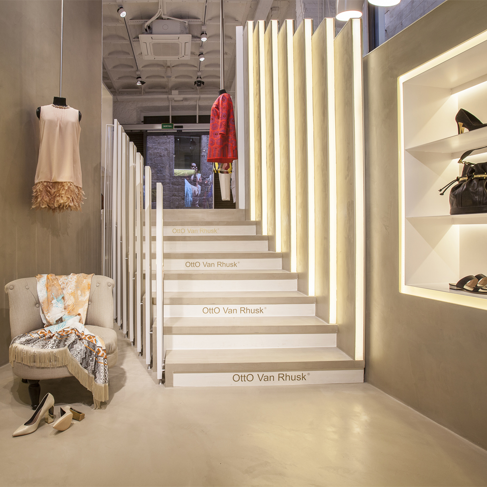 Otto Van Rhusk   Barcelona Shopping City   Moda y Diseñadores
