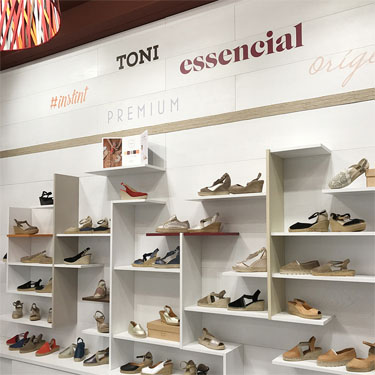 Toni Pons | Barcelona Shopping City | Artesania i regals