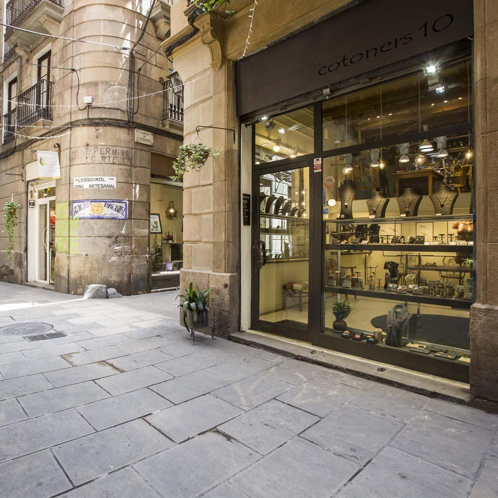 Joan Rovira Joies | Barcelona Shopping City | Handicrafts and gifts, Fashion and Designers