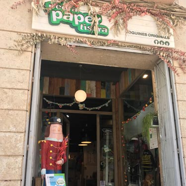 Pedra Paper Tisora | Barcelona Shopping City | Handicrafts and gifts