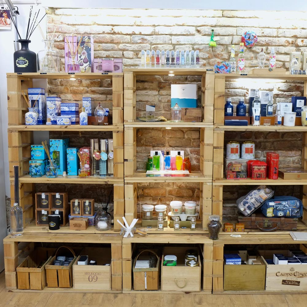Isidro. Cosmetic Shop | Barcelona Shopping City | Moda sostenible