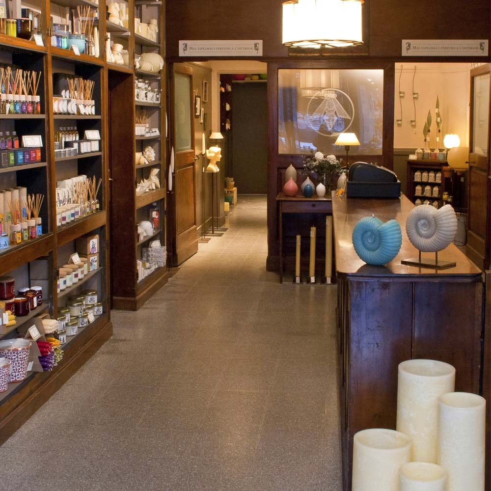 Cereria Abella | Barcelona Shopping City | Handicrafts and gifts, Designers, Century-old Shops