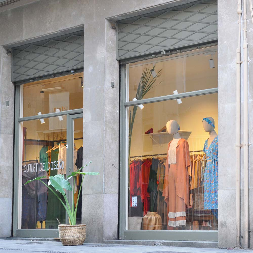 Cache Toi - 80 Days ''store & Atelier'' | Barcelona Shopping City | Designers