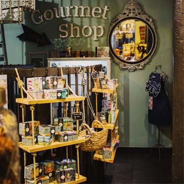 Gastronomic Souvenirs Barcelona | Barcelona Shopping City | Gourmet and grocery stores