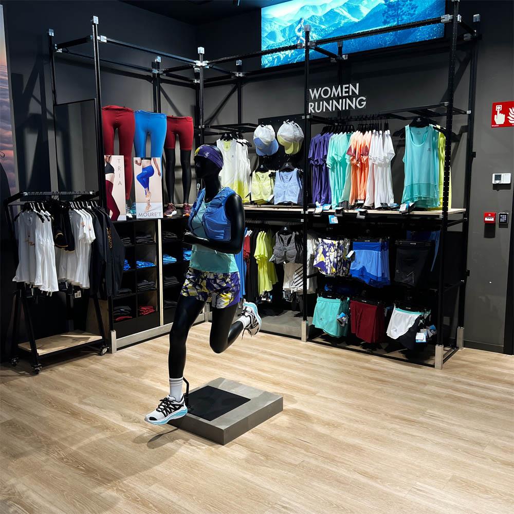 Salomon Brand Store Barcelona | Barcelona Shopping City | Deportes